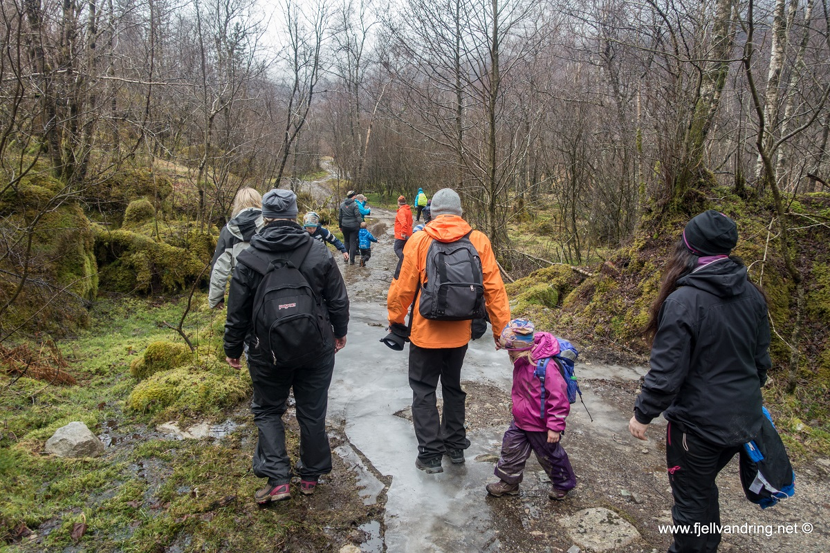 Barnas fellestur februar 2017 - Tur til Uburhedlaren