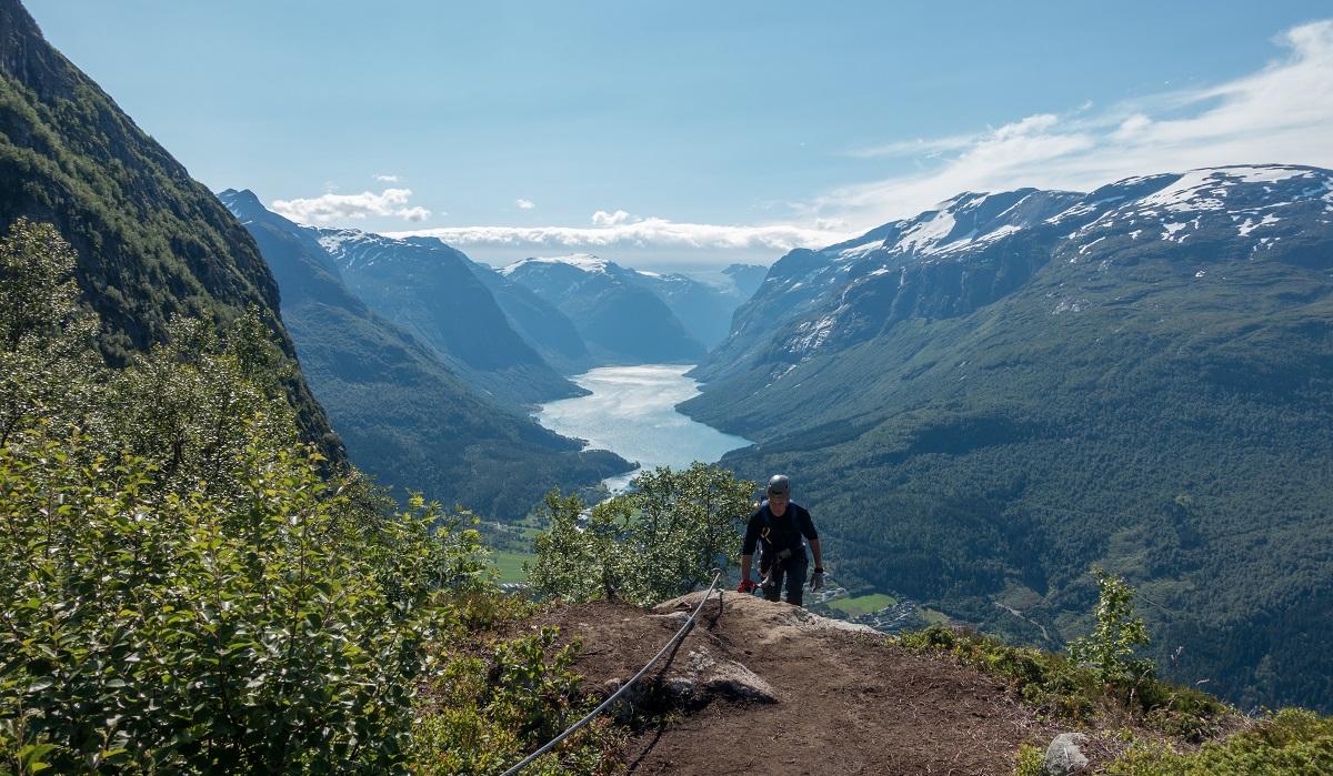 Via Ferrata Loen - Klatrerute fra fjord til fjell