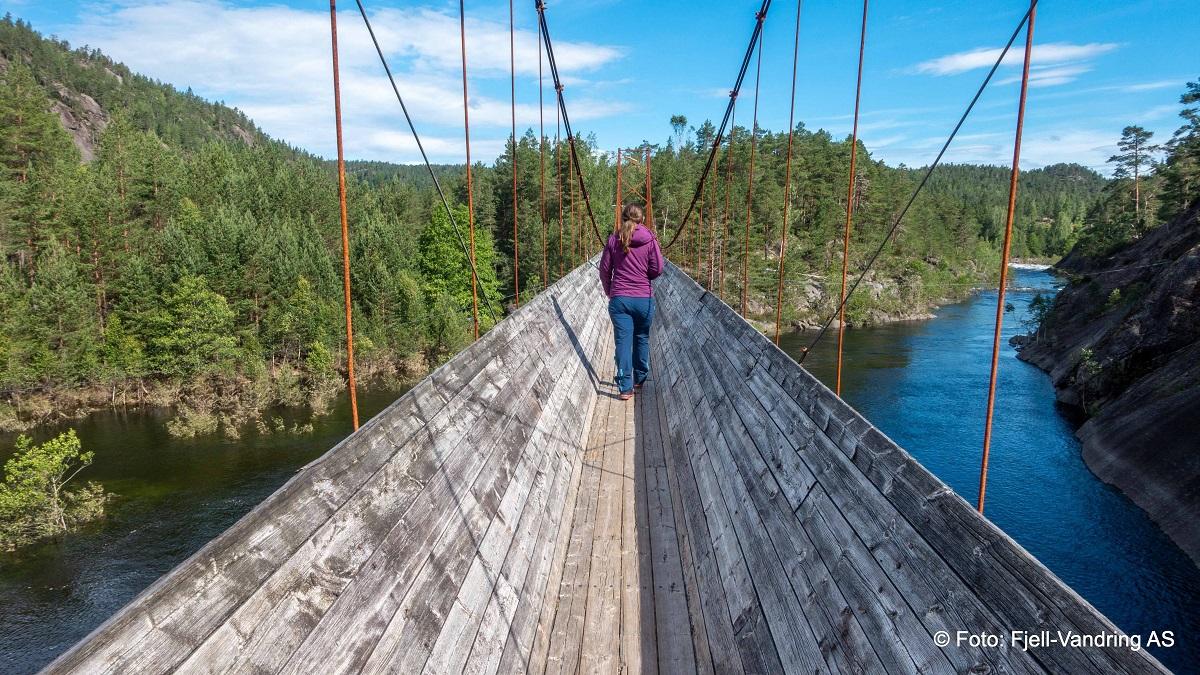 Tømmerrenna i Vennesla - Hengebro