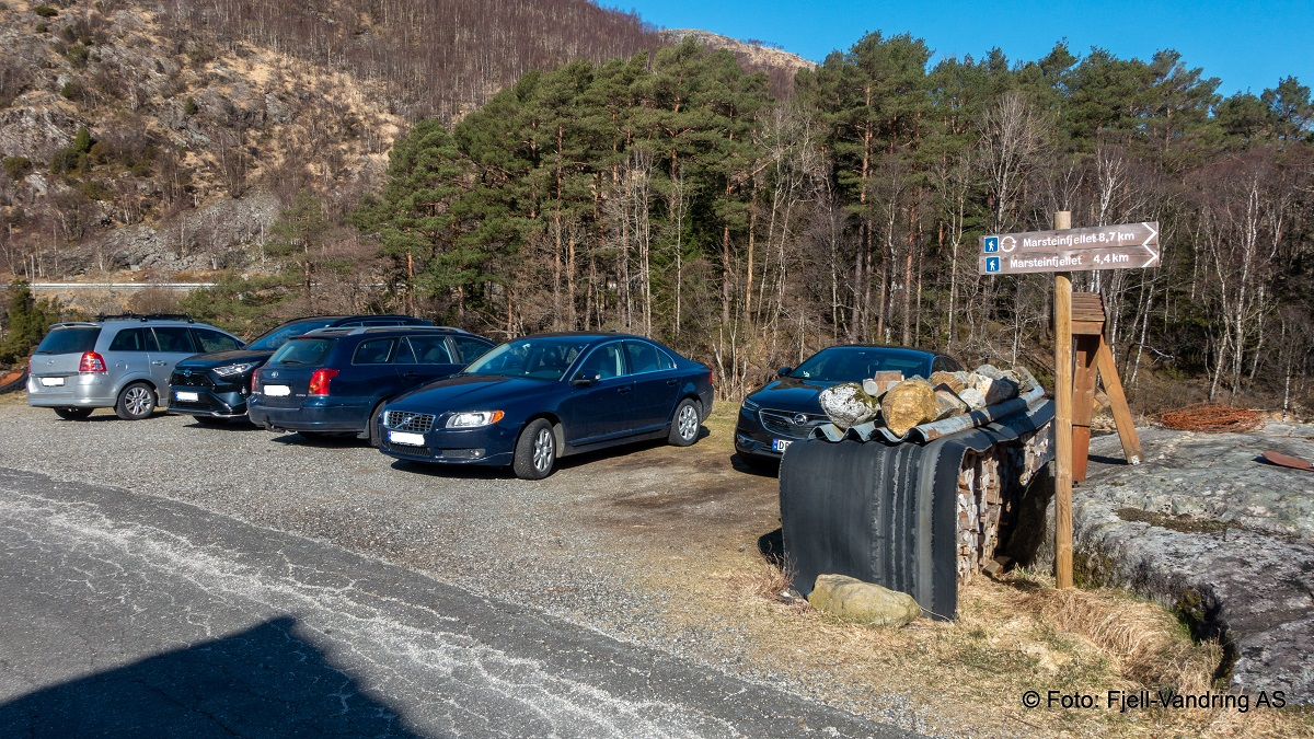 Marsteinfjellet - Parkering